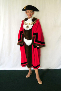 cllr-vicky-davies-mayor-of-brentwood