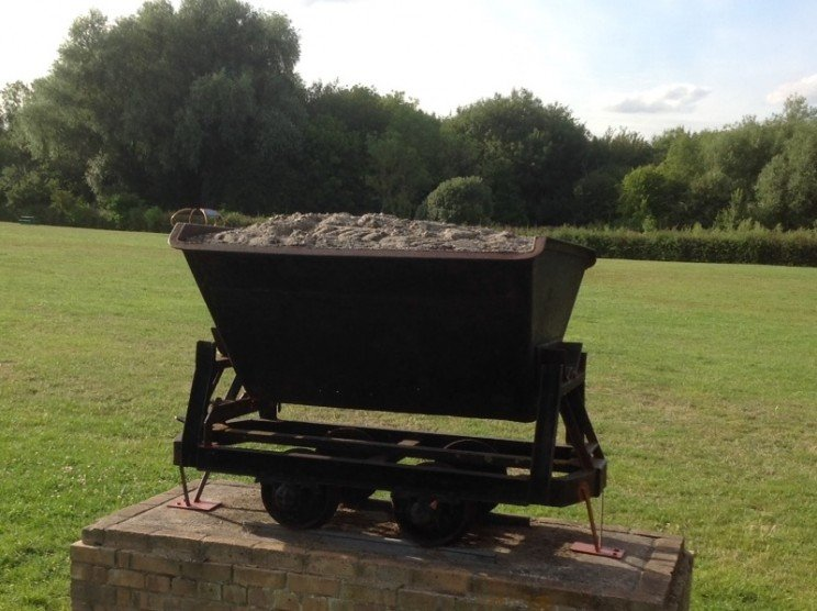 Perhaps a Hawkwell or Ashingdon councillor could explain the significance of this wagon...
